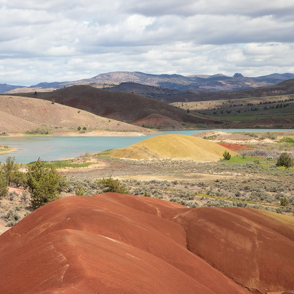 Hiking in the Painted Hills of Oregon