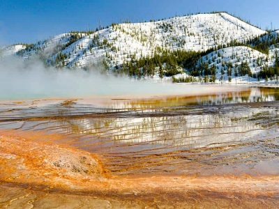 yellowstone-national-park-in-winter